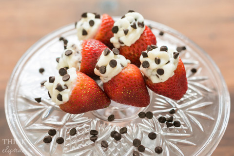 valentines day, cannoli stuffed strawberries - www.thinkelysian.com