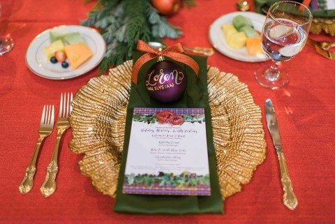 5 Holiday Party Hosting Tips to Make Your Party Instagram-worthy // www.thinkelysian.com