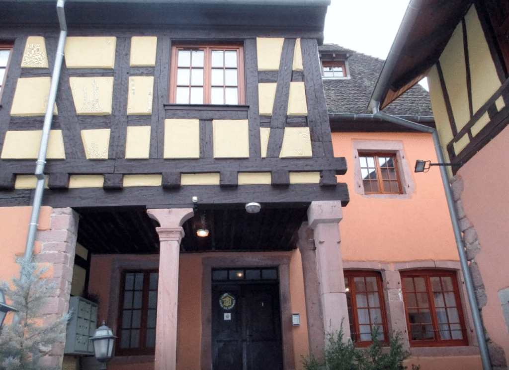 Affordable Rentals in Riquewihr, France + What I'd Wear // www.thinkelysian.com