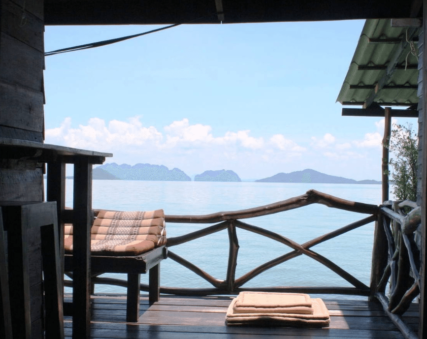 Affordable Rentals in Thailand // Where to stay in Thailand on thinkelysian.com