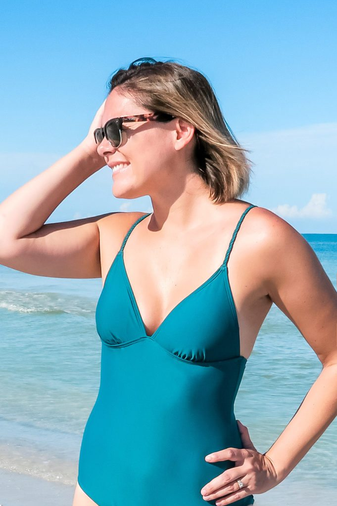 What I wore in St. Pete Beach, FL: My favorite modest (and CUTE!) one piece swimsuit #travelstyle // thinkelysian.com