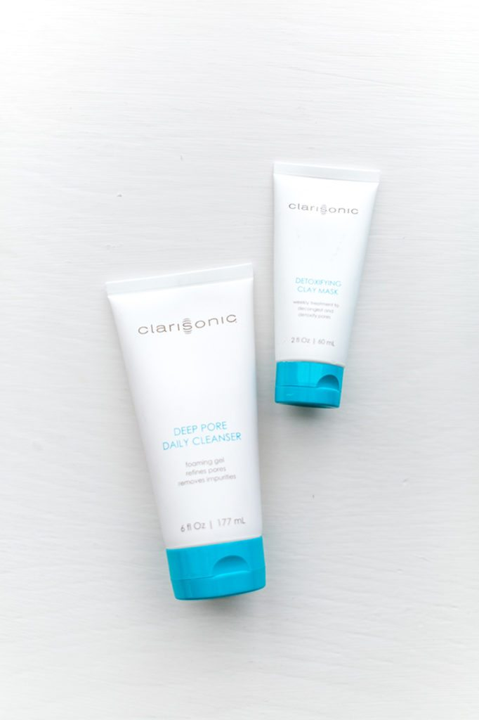 How to keep your skin clear while traveling with Clarisonic Mia 2 // travel beauty on thinkelysian.com